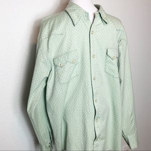 Skully long sleeve snap button shirt in pale green